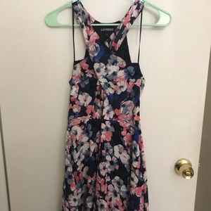 Express floral dress size 6